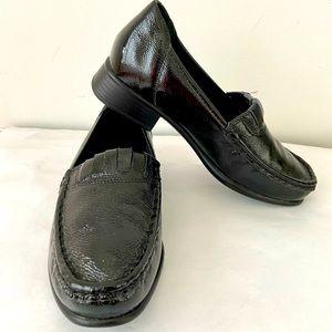 ZIERA Size 37 W / AU 6 Black Leather Loafers